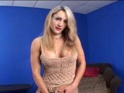 blondine mit fetten hupen genagelt